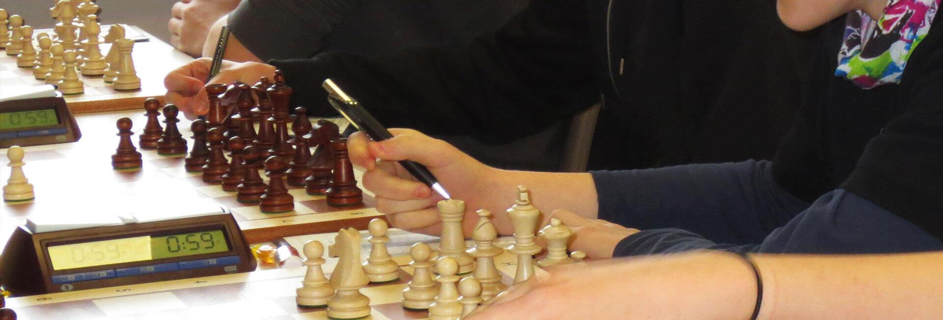 http://schach.arnoldi-gym.de/wp-content/uploads/2016/12/schach-detail-header-arnoldi.jpg